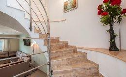 Villa Katy stairs