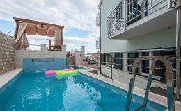 Villa Katy Sevid pool