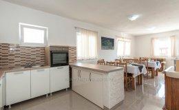 Villa Katy kitchen